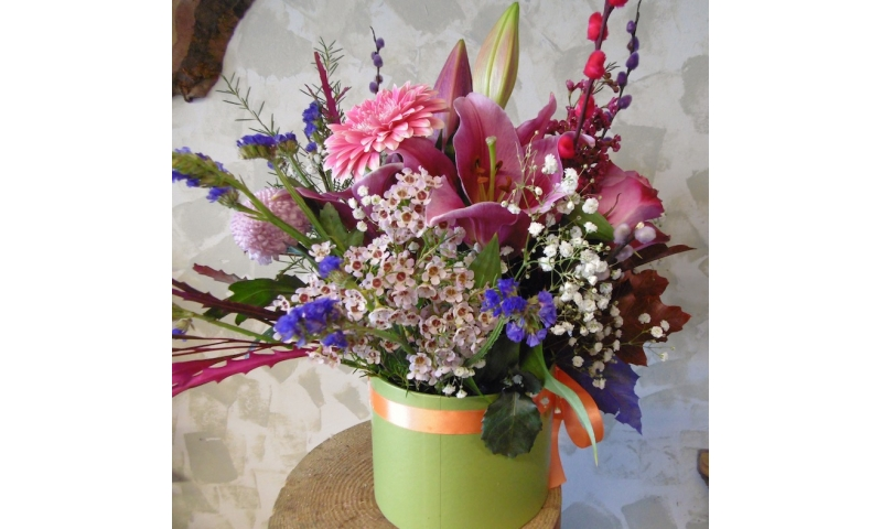 Seasonal Flower Hat Box