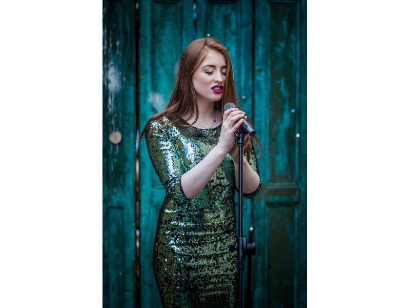 ciara-singing-21